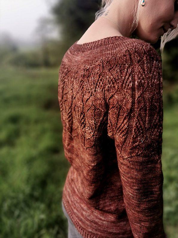 siana dolores sweater