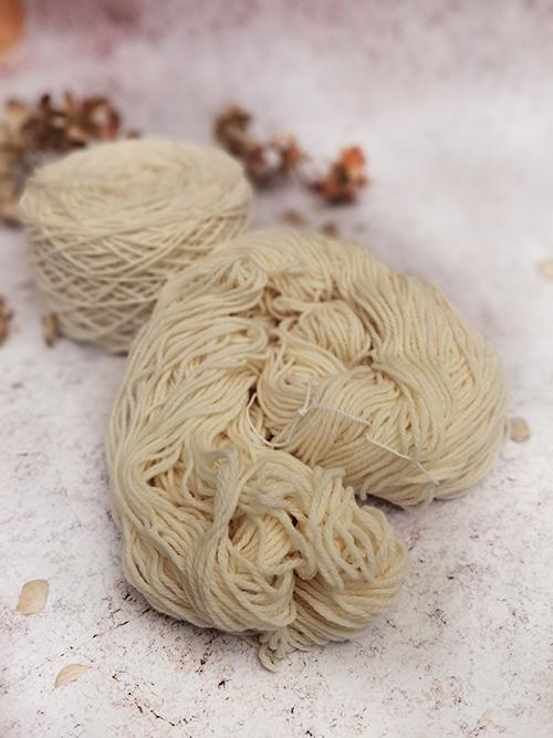Cream Natural litlg yarn2